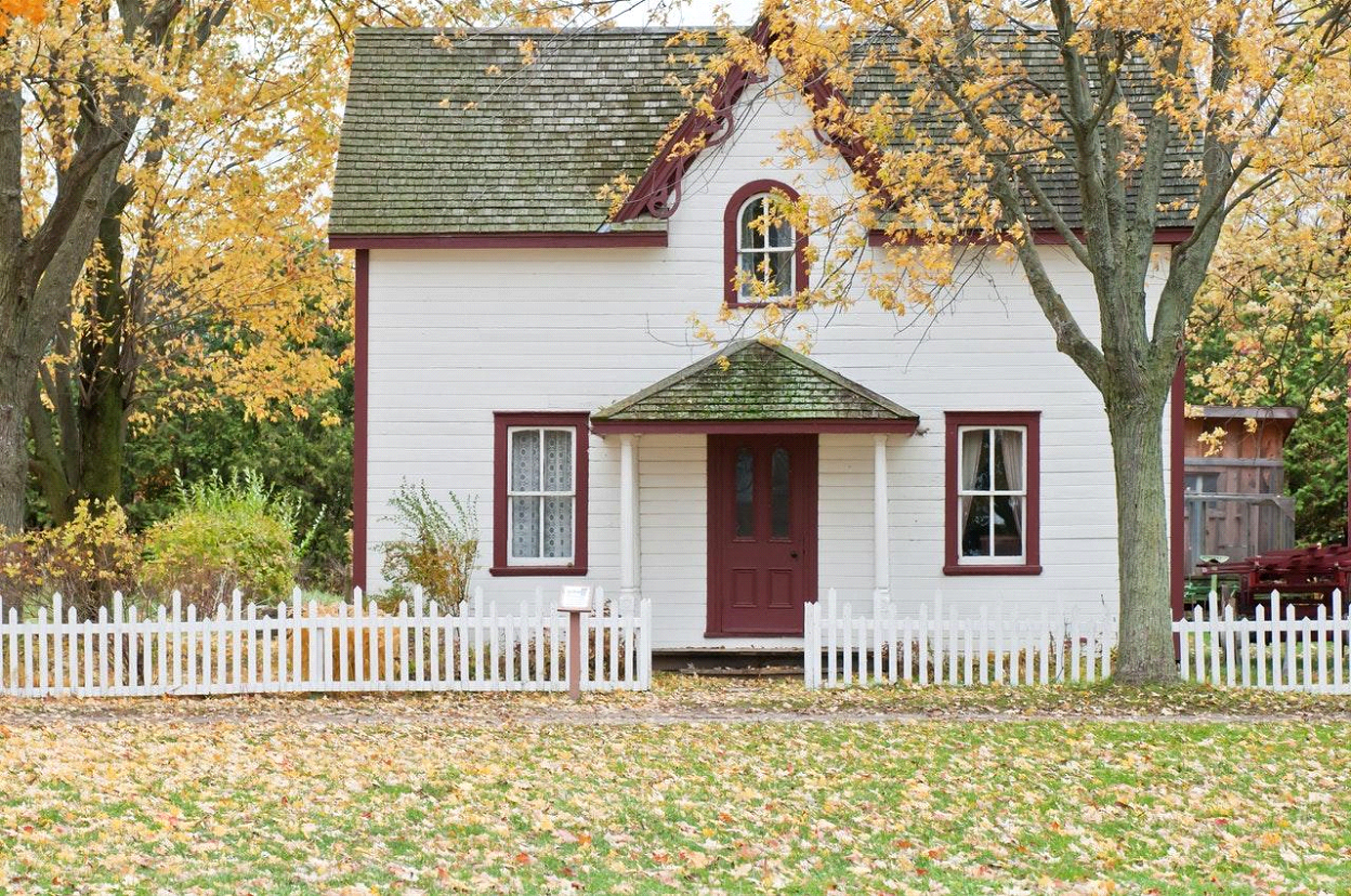 Selling your home in the cool season. By Tina Martin. October 2021.
